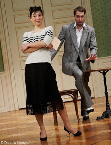 Pullover für das Luzerner Theater